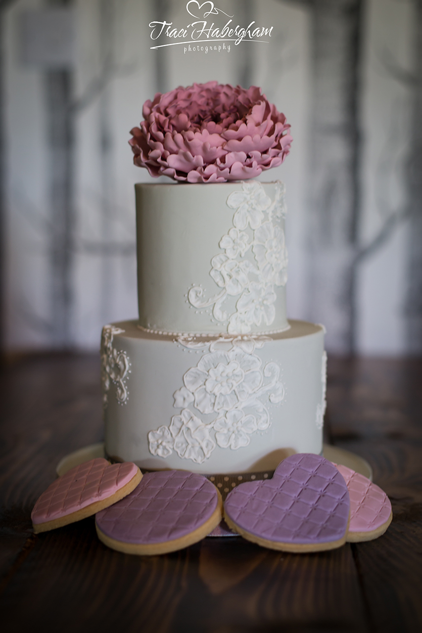 Traci Habergham Photography Wedding Cake