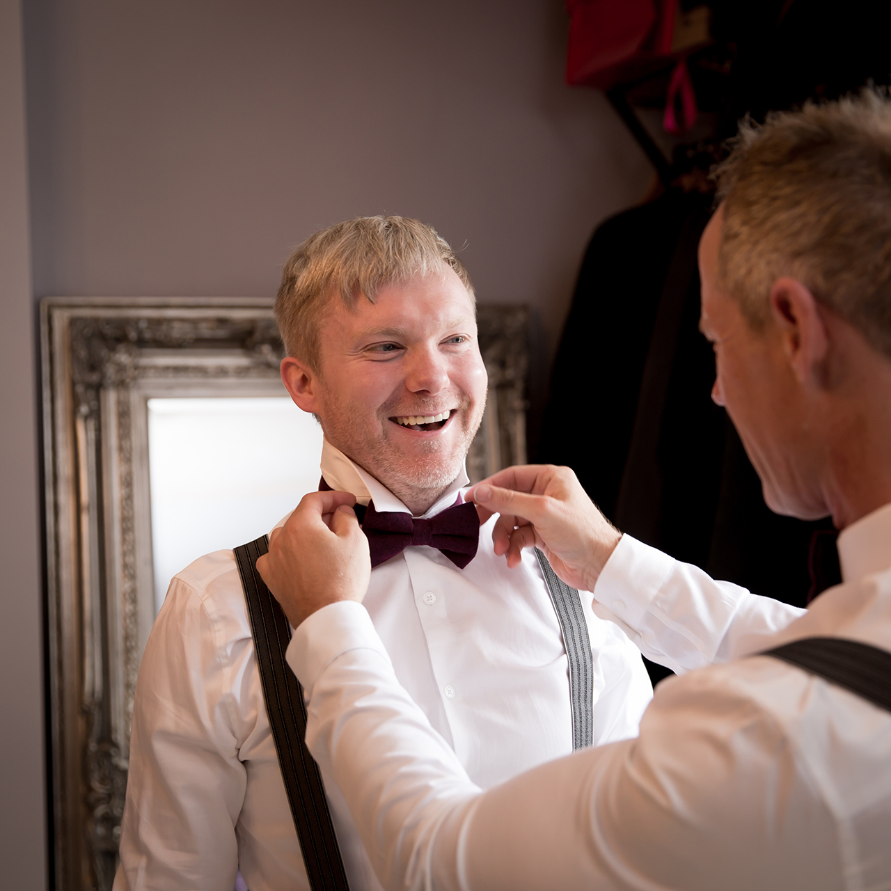 Traci Habergham Photography Groom Preparation