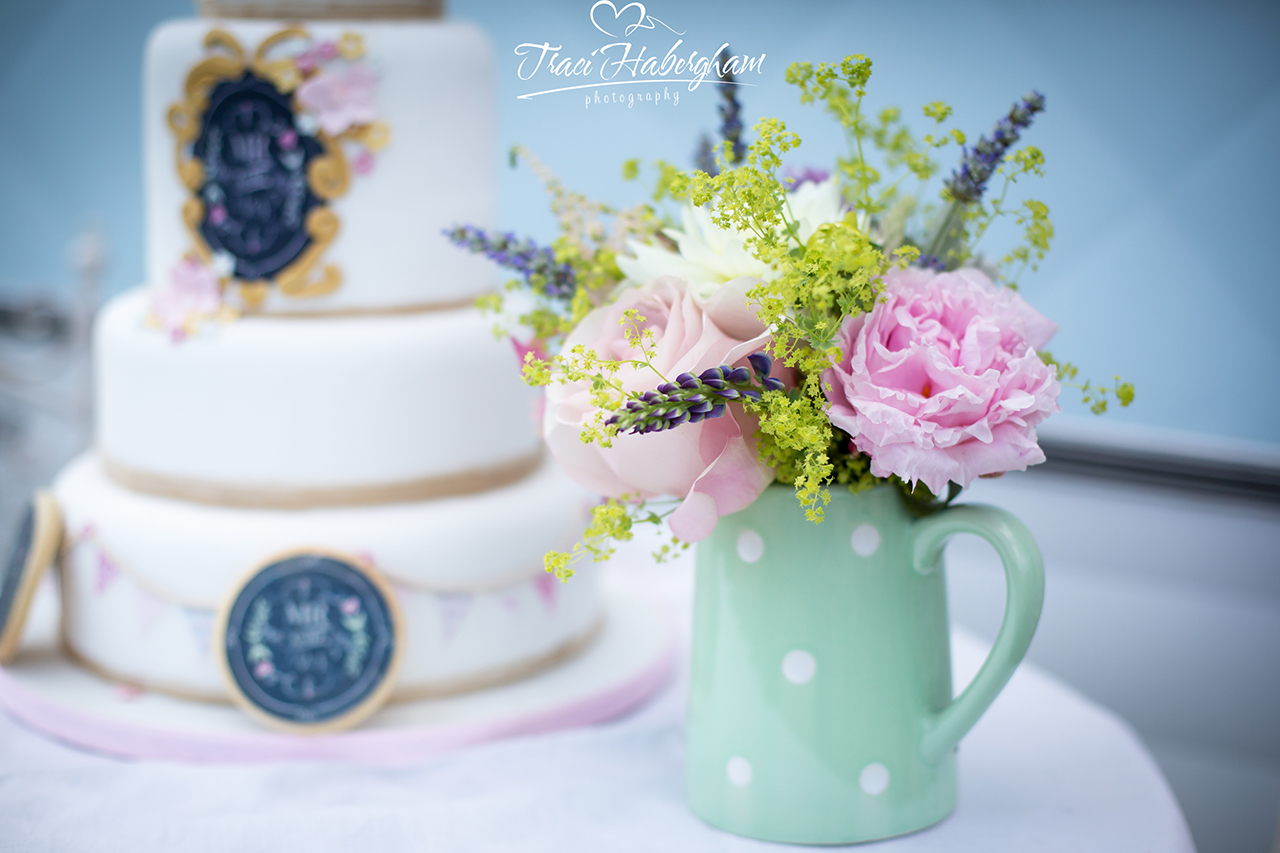 Traci Habergham Photography Vintage Wedding Cake Flowers